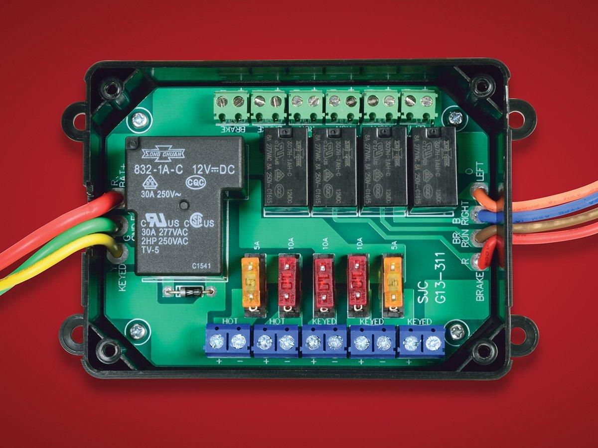 Universal Electronic Fuse BlockWingStuff.com