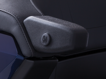Passenger Armrests w/ Drink Holder Port